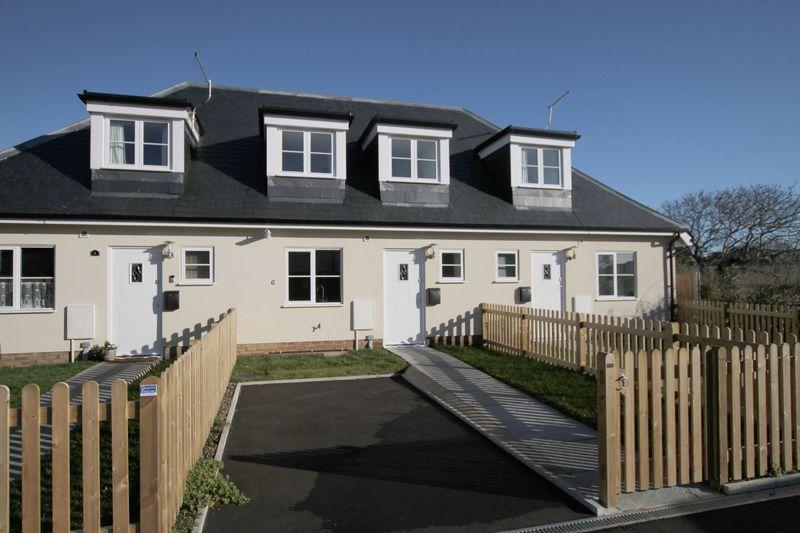 3 Bedrooms Terraced House for sale in St Margarets at Cliffe