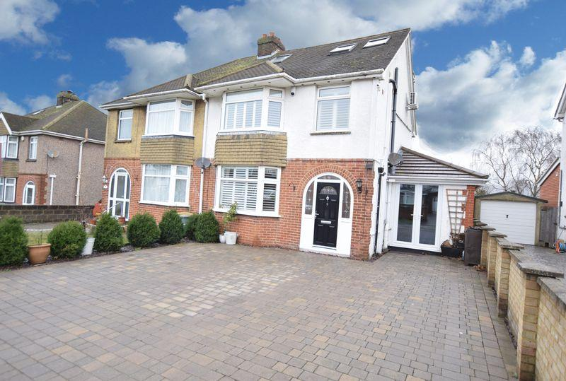 4 Bedrooms Semi Detached House for sale in Downs Road, Maidstone