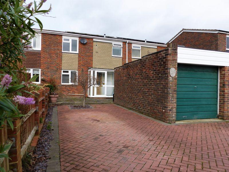 3 Bedrooms House for sale in Sherrydon, Cranleigh