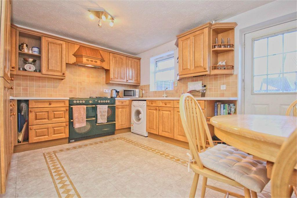 3 Bedrooms Terraced House for sale in Loxley Way, Brough, HU15