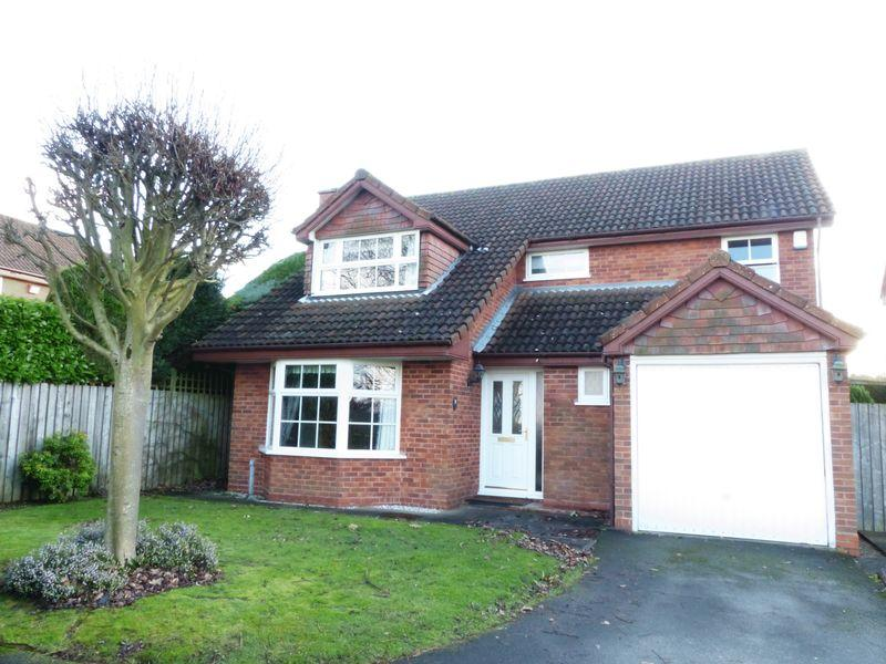 4 Bedrooms Detached House for sale in Nursery View Close, Streetly