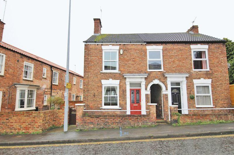 3 Bedrooms Semi Detached House for sale in UPGATE, LOUTH