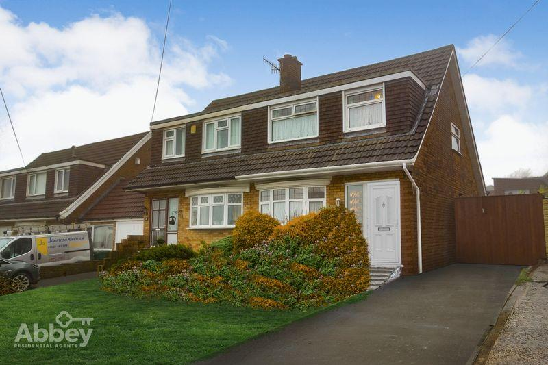 3 Bedrooms Semi Detached House for sale in Glannant Way, Cimla, Neath, SA11 3YW