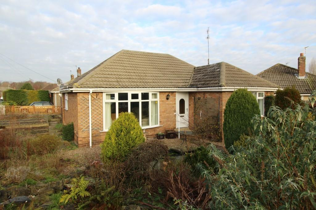 3 Bedrooms Detached Bungalow for sale in Thornes Moor Road, Thornes
