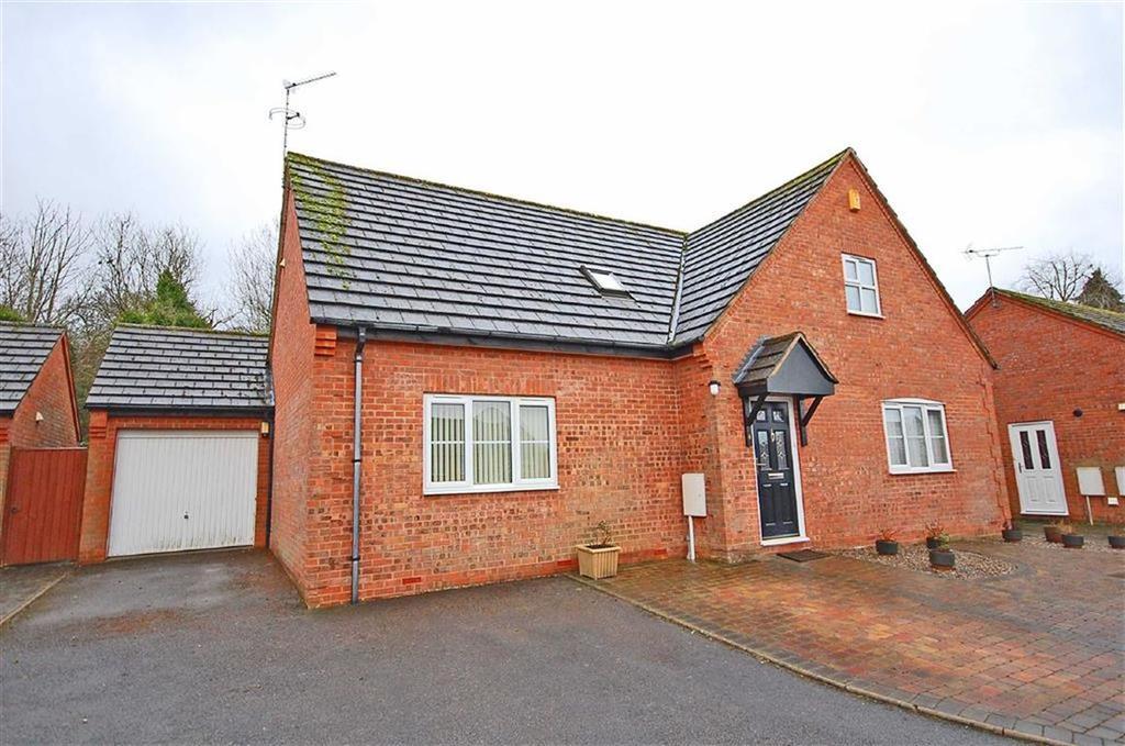 3 Bedrooms Chalet House for sale in Ashgrove, Charlton Kings, Cheltenham, GL53
