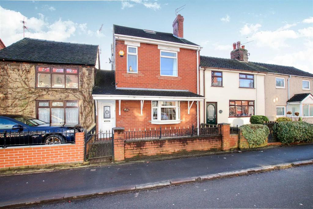 4 Bedrooms Town House for sale in Ravens Lane, Bignall End, Stoke-On-Trent