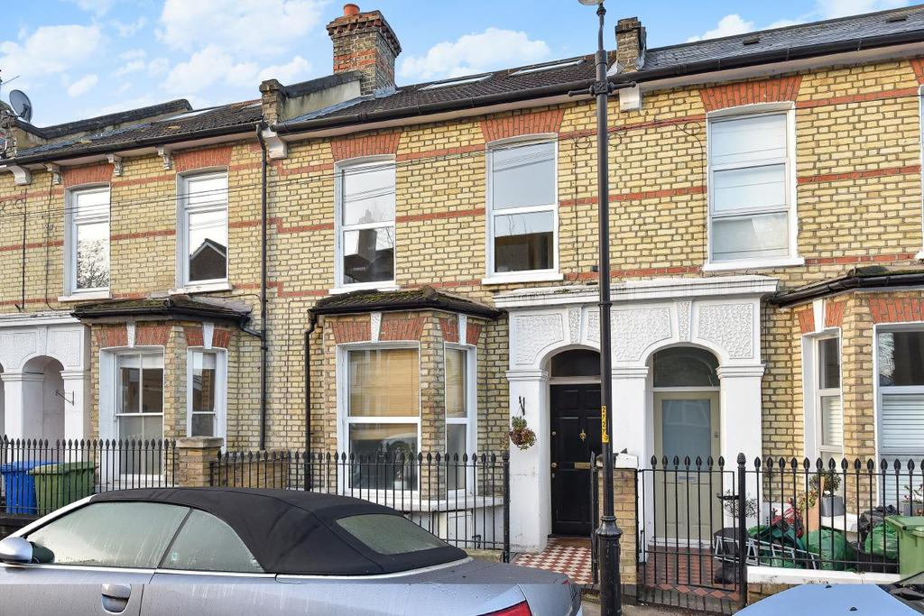 2 Bedrooms Flat for sale in Maxted Road, East Dulwich