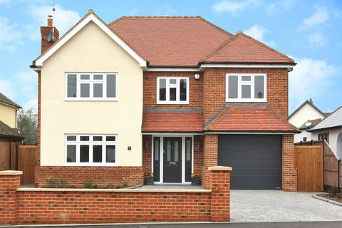 4 bedroom detached house for sale - St. Fabians Drive, Chelmsford, Essex, CM1