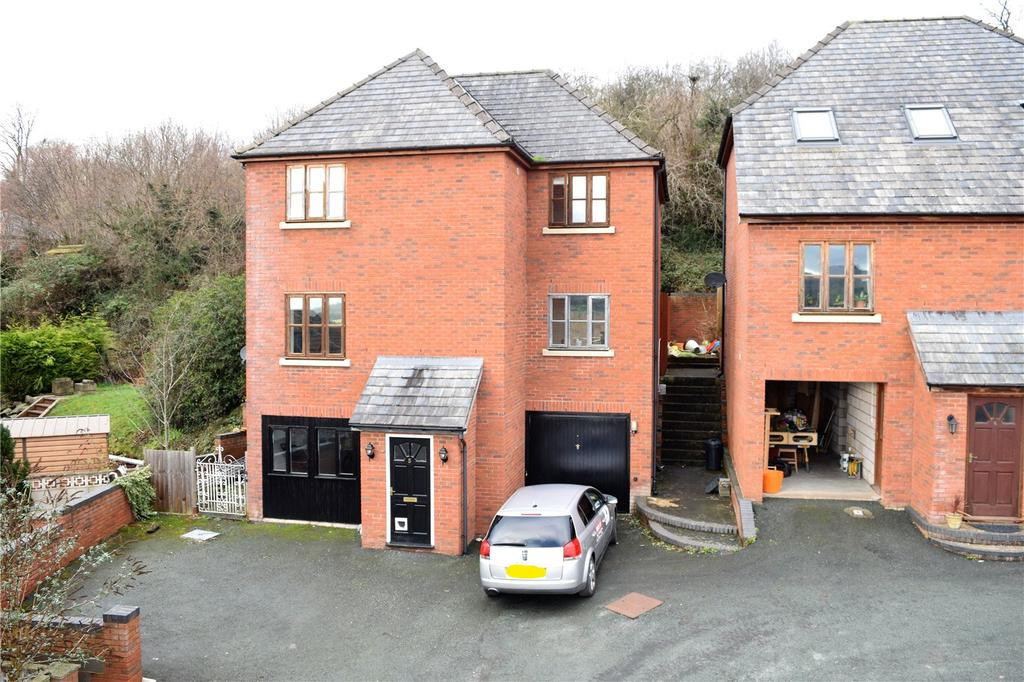 4 Bedrooms Detached House for sale in Clos Bryn Y Ddol, Welshpool, Powys