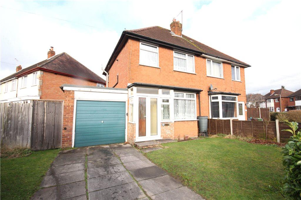 3 Bedrooms Semi Detached House for sale in Shakespeare Road, Shirley, Solihull, West Midlands, B90