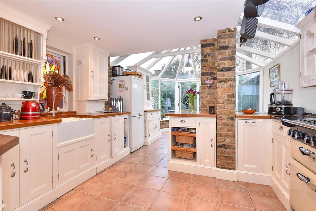 2 Bedrooms House for sale in Archway Street, Barnes