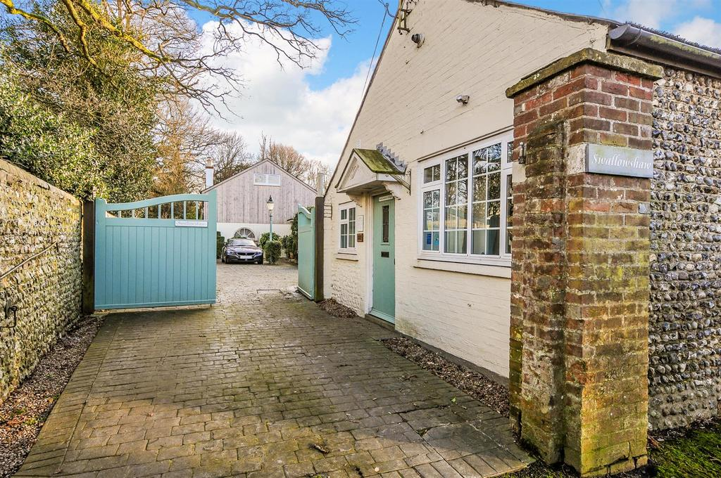 6 Bedrooms Detached House for sale in The Street, Walberton