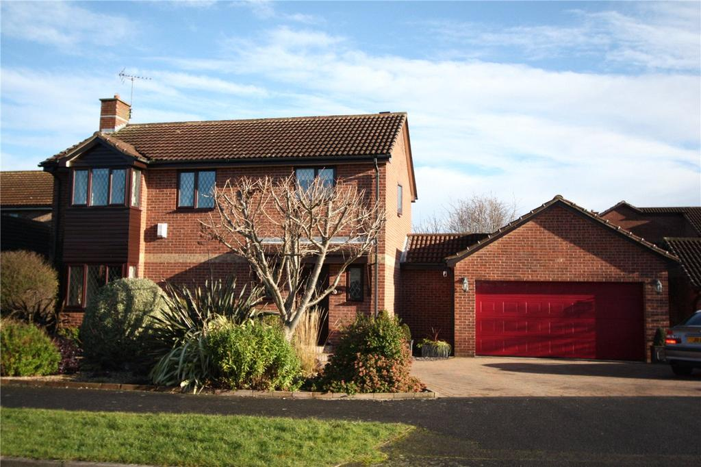4 Bedrooms Detached House for sale in Crosslands Meadow, Colwick, Nottingham, NG4