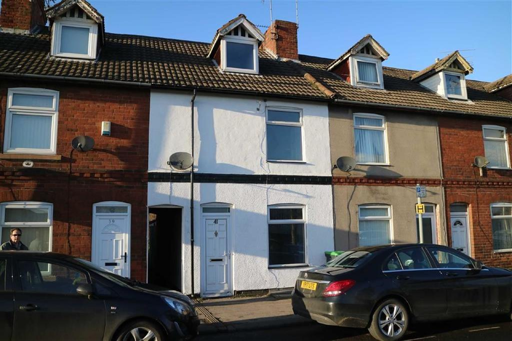 3 Bedrooms Town House for sale in Priestsic Road, Sutton In Ashfield, Notts, NG17