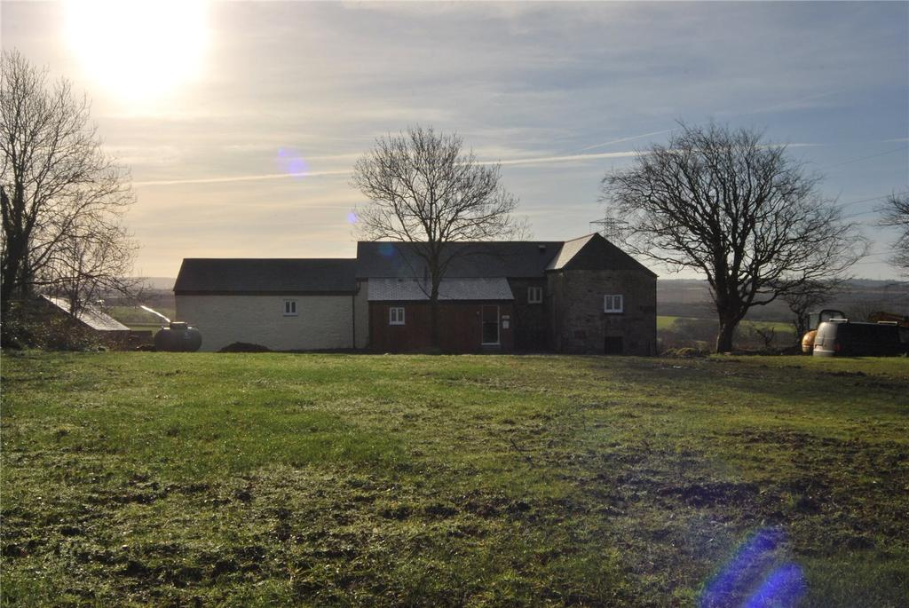 3 Bedrooms End Of Terrace House for sale in Tremore Farm, Lanivet, Bodmin, Cornwall