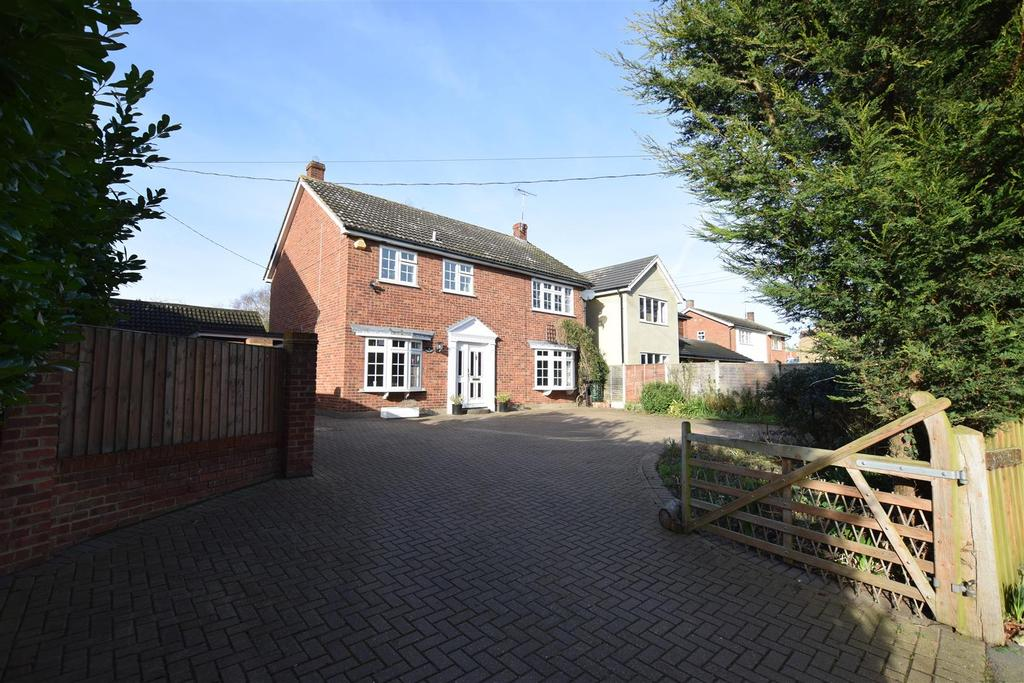 4 Bedrooms Detached House for sale in Post Office Road, Woodham Mortimer, Maldon