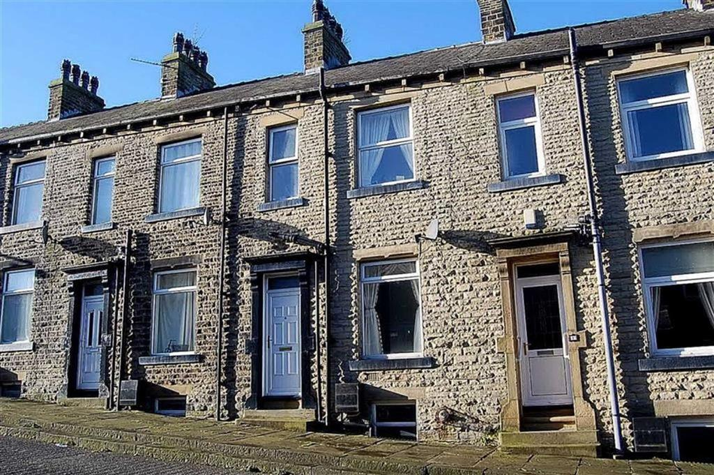 3 Bedrooms Terraced House for sale in Rockville Terrace, Halifax, HX1