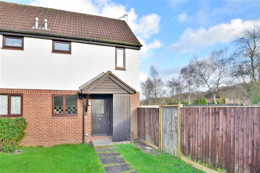 1 Bedroom End Of Terrace House for sale in Treelands, North Holmwood, Dorking, Surrey