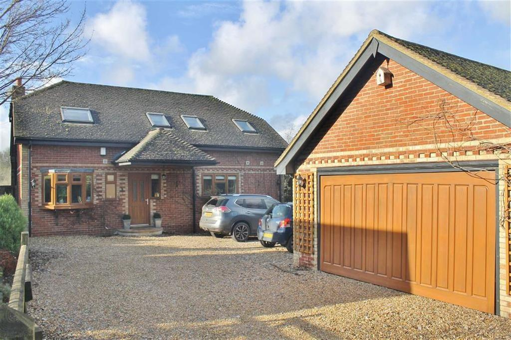 4 Bedrooms Detached House for sale in Ridge Lane, Meopham