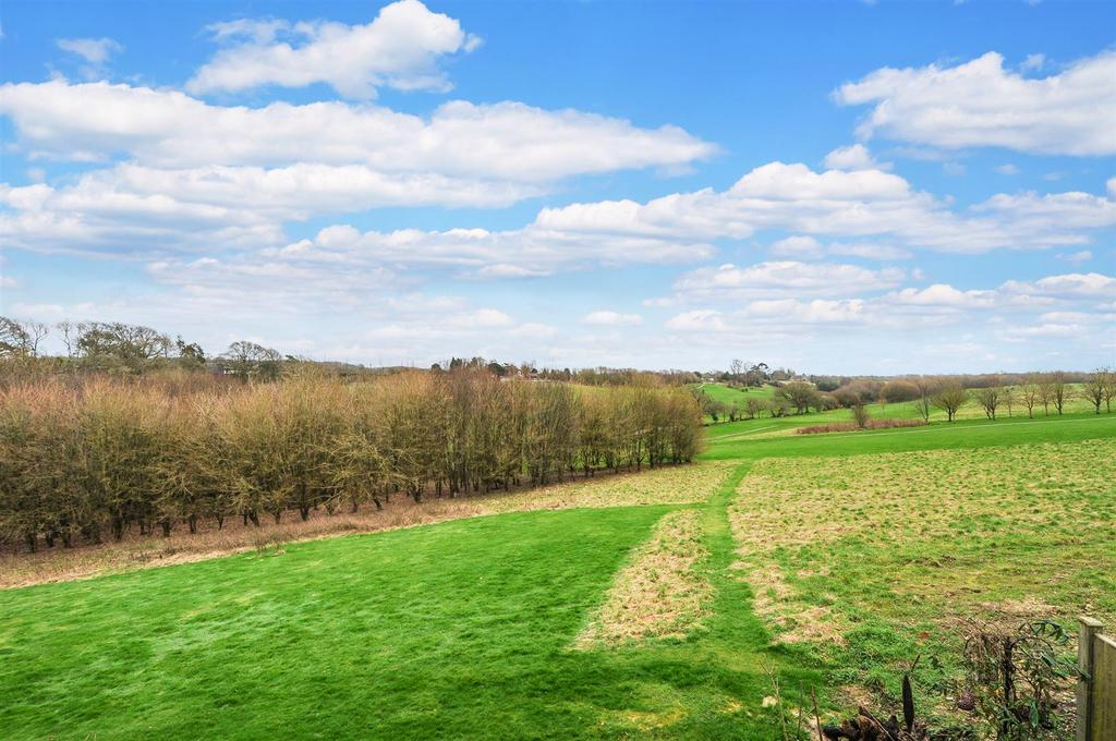 3 Bedrooms Detached House for sale in Hedgers Hill, Walberton