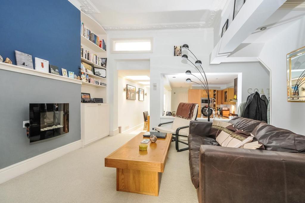 2 Bedrooms Flat for sale in Lavender Sweep, Battersea
