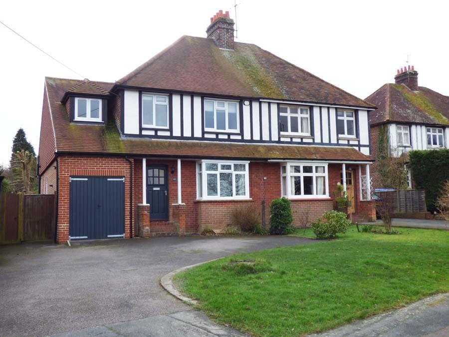 4 Bedrooms House for sale in Inholmes Park Road, Burgess Hill, RH15