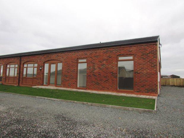 3 Bedrooms Semi Detached Bungalow for sale in GLOUCESTER COTTAGE, COLD HESLEDEN, SEAHAM DISTRICT