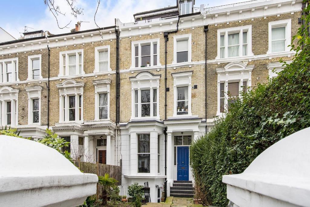 2 Bedrooms Flat for sale in Elsham Road, Kensington