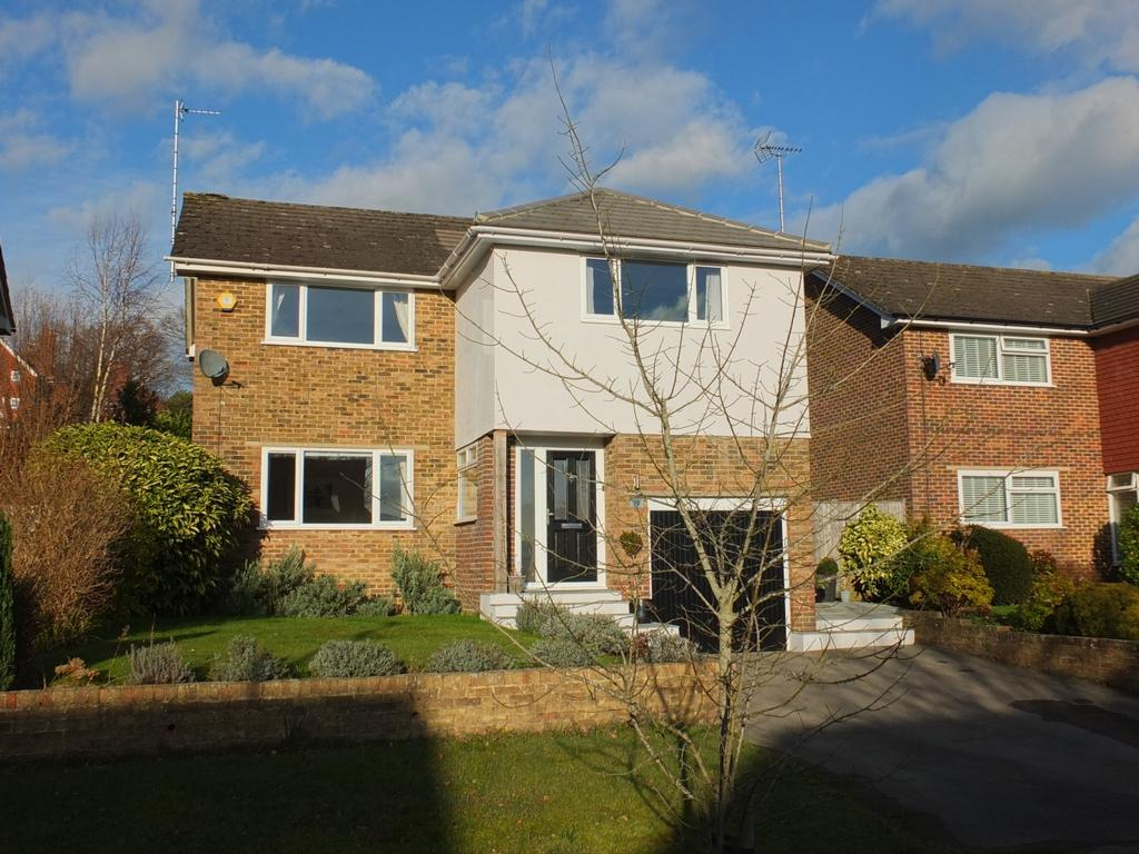 4 Bedrooms House for sale in By Sunte, Lindfield, RH16