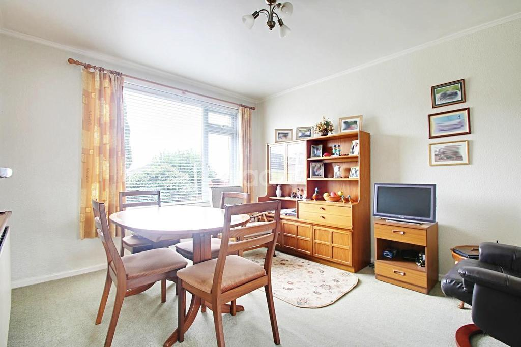 3 Bedrooms Semi Detached House for sale in Crownhill Road, Crownhill