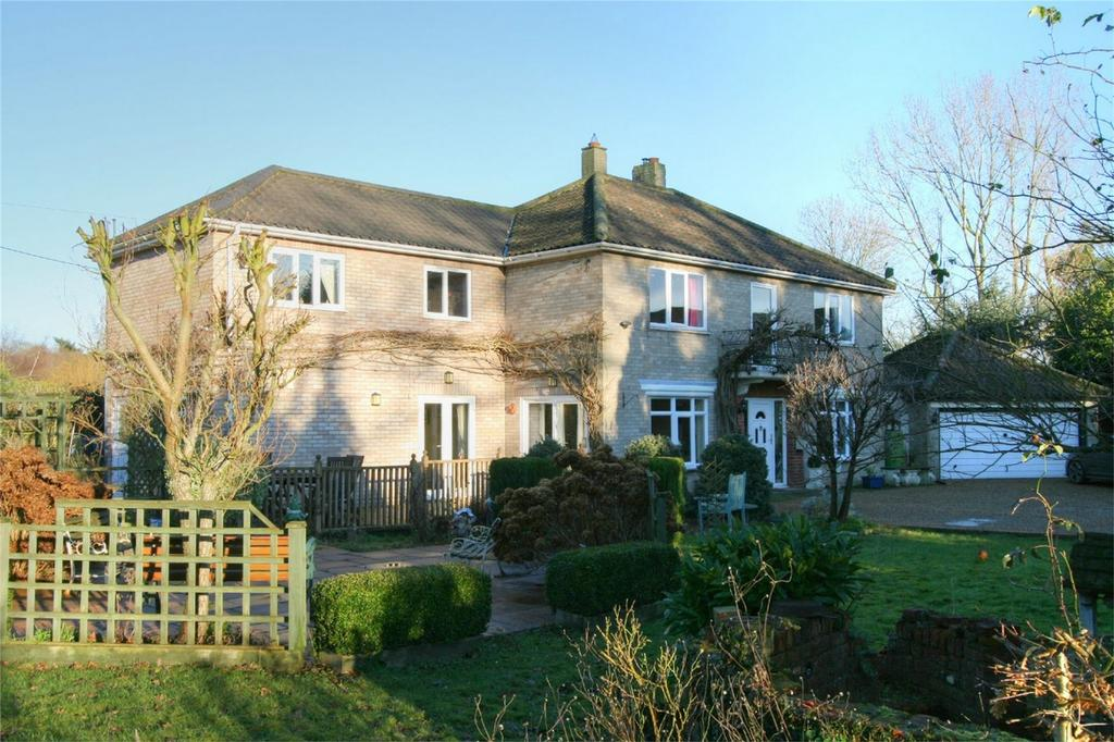6 Bedrooms Detached House for sale in Station Road, NR16 2JG, Eccles, NORWICH, Norfolk