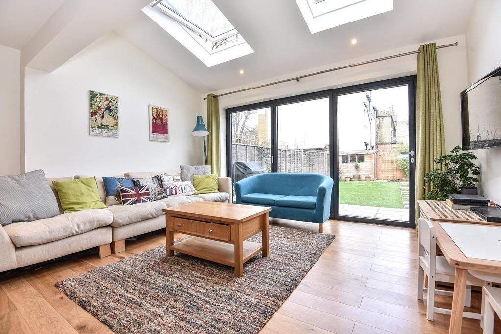 3 Bedrooms Terraced House for sale in Clifton Crescent, Peckham