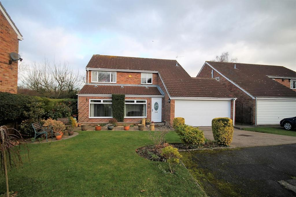 4 Bedrooms Detached House for sale in St. James Close, Thorpe Thewles