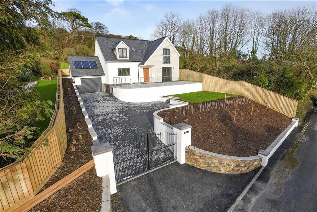 3 Bedrooms Detached House for sale in Raleigh Park, Barnstaple, Devon, EX31