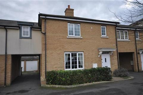 3 bedroom semi-detached house for sale - Chelmer Road