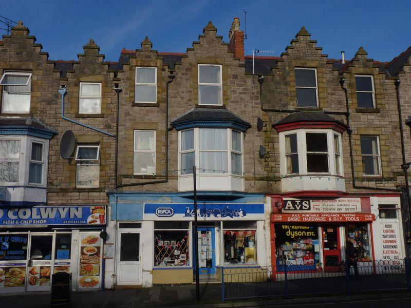 2 Bedrooms Flat for sale in Flat 1, 403 Abergele Road, Colwyn Bay LL29 9PR