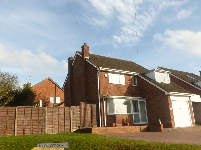 3 Bedrooms Detached House for sale in Lichfield Road, Four Oaks, Sutton Coldfield