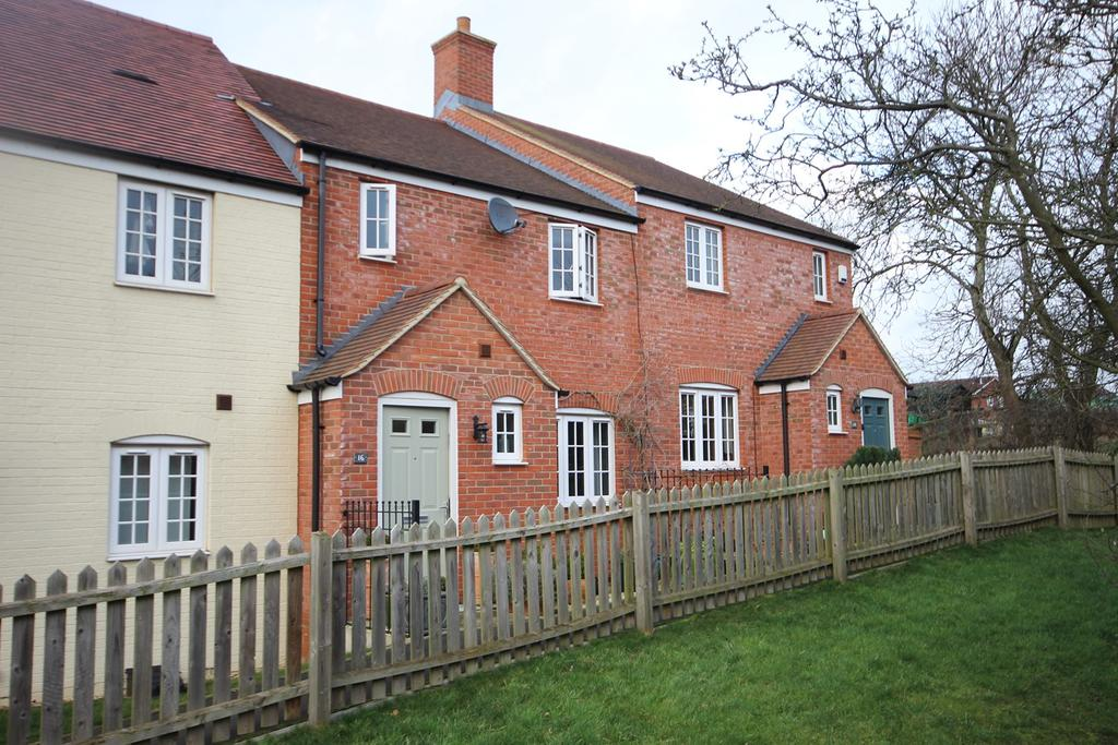 3 Bedrooms Terraced House for sale in Nottingham Close, Ampthill, Bedford, MK45