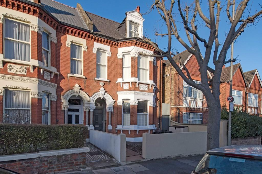 6 Bedrooms Terraced House for sale in Upper Tooting Park, London