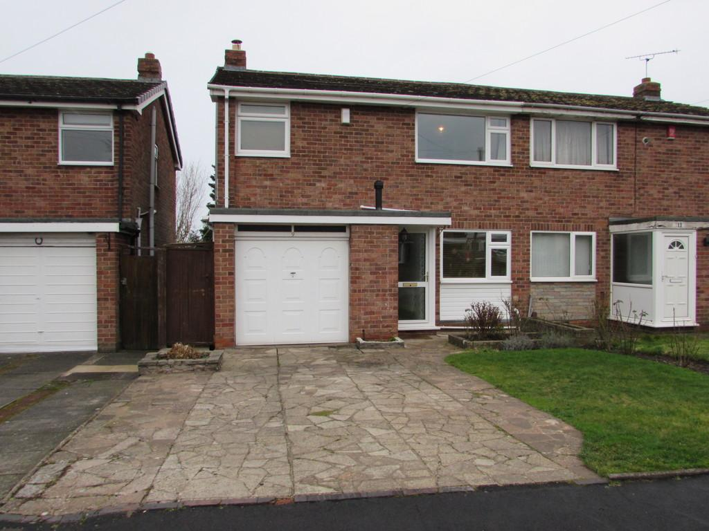 3 Bedrooms Semi Detached House for sale in Swanswell Road, Solihull