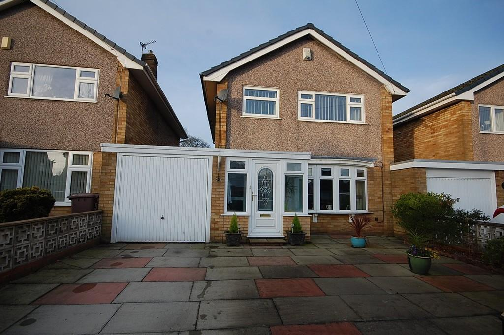 3 Bedrooms Detached House for sale in Sherdley Park Drive, Sherdley Park, St. Helens