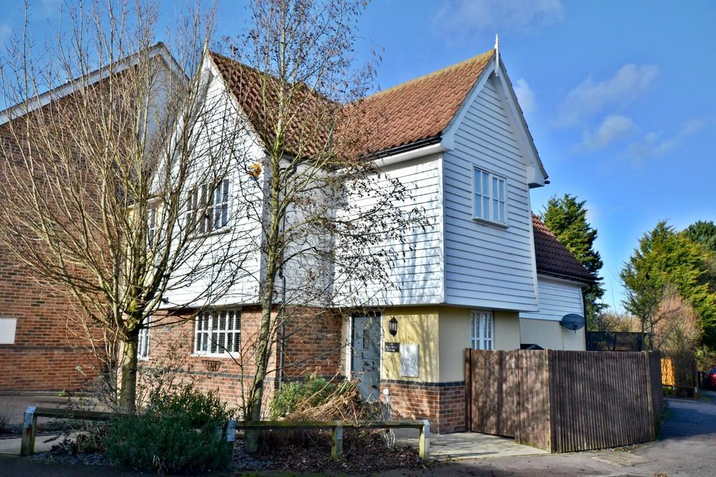3 Bedrooms Semi Detached House for sale in Barlee Close, Clavering
