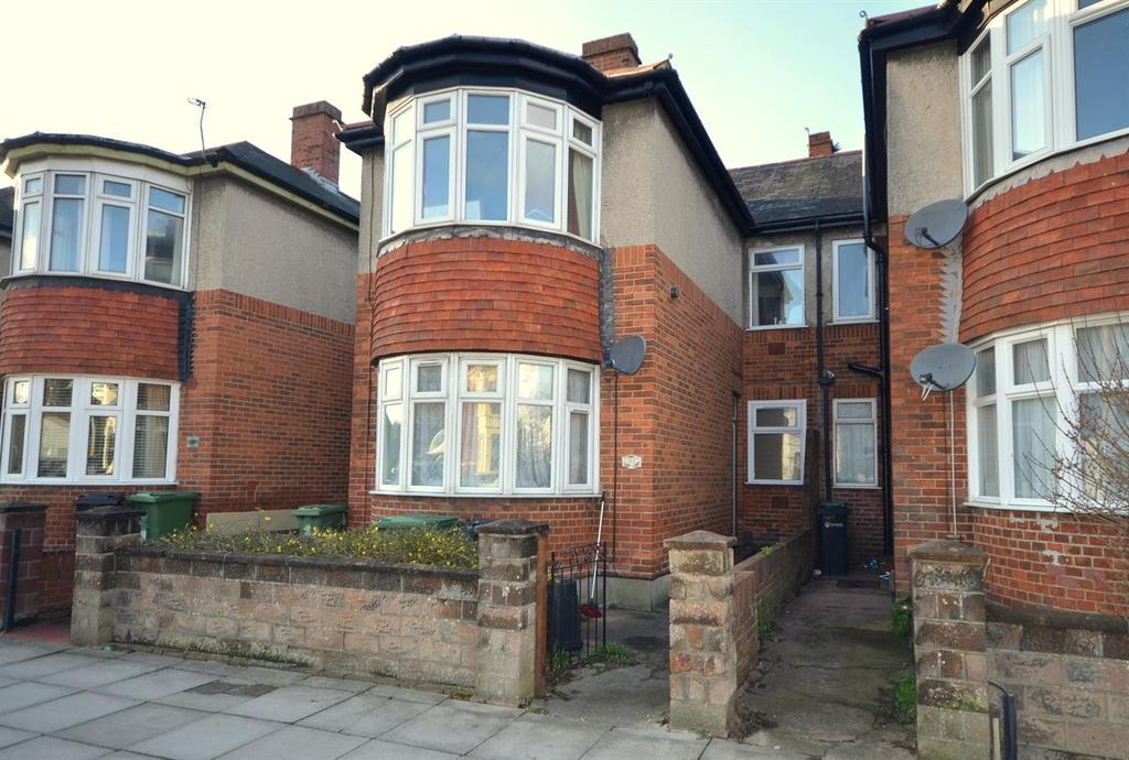 2 Bedrooms Ground Flat for sale in Northern Parade, Hilsea, Portsmouth
