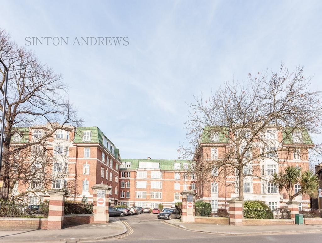 2 Bedrooms Flat for sale in Haven Green Court, Ealing, W5