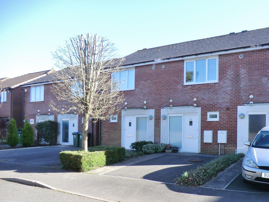 2 Bedrooms Terraced House for sale in Branewick Close,Titchfield Park