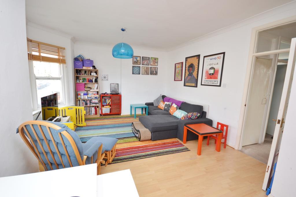 2 Bedrooms Maisonette Flat for sale in Tressillian Road Brockley SE4