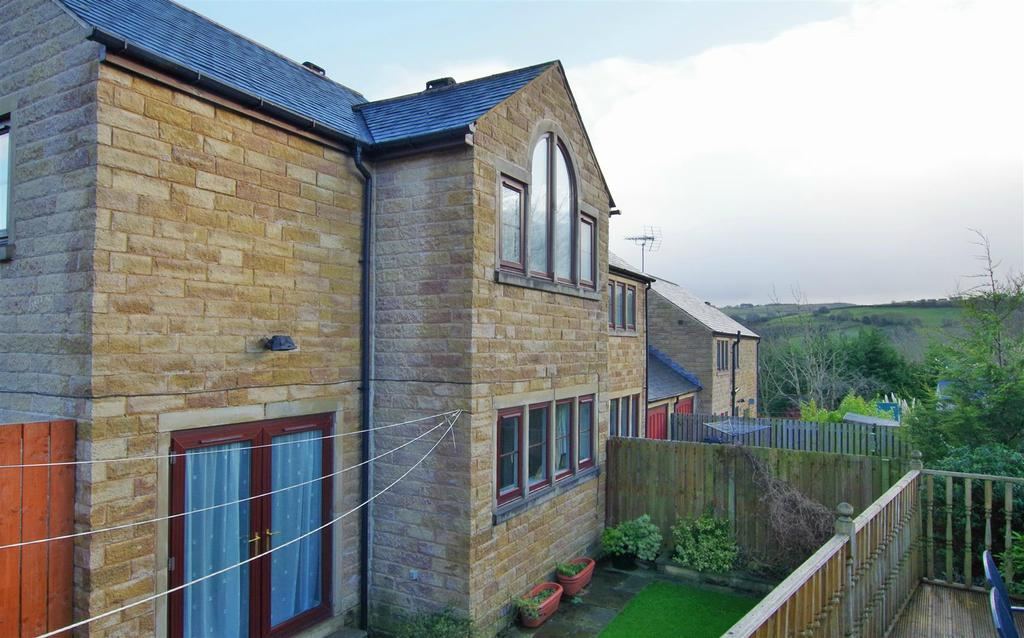3 Bedrooms House for sale in Ellistones Place, Greetland