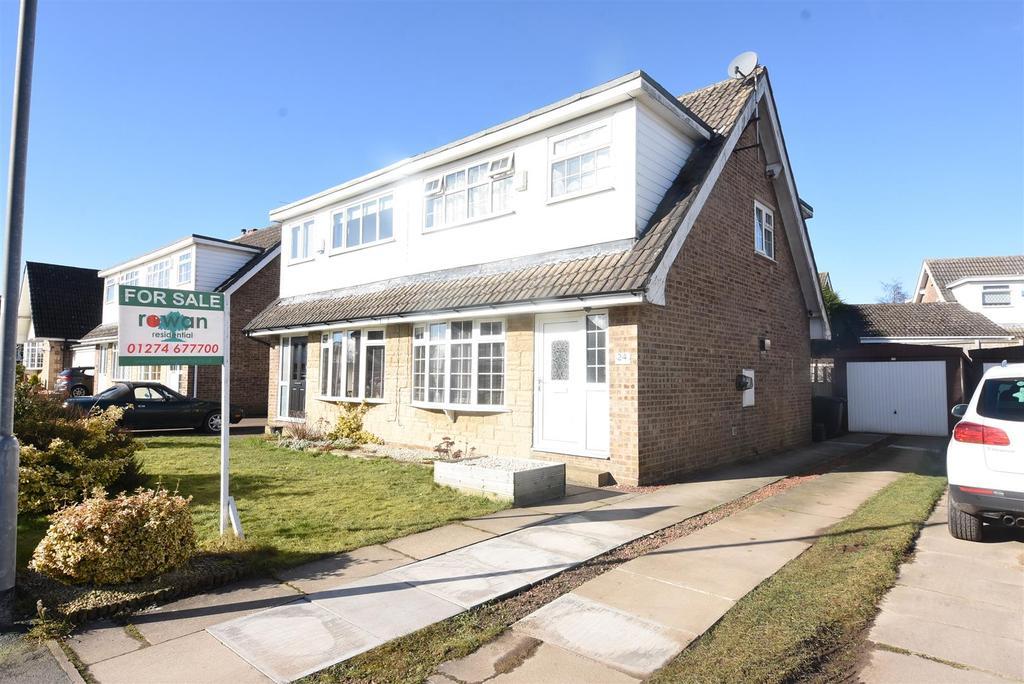 3 Bedrooms Semi Detached House for sale in Highfield Avenue, Shelf, Halifax