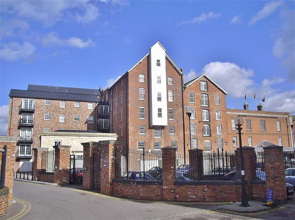 2 Bedrooms Flat for sale in Pridays Mill, The Docks, Gloucester