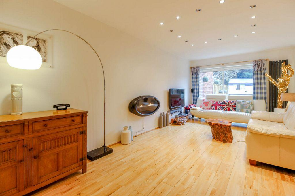 4 Bedrooms House for sale in The Ridgeway, Codicote, SG4